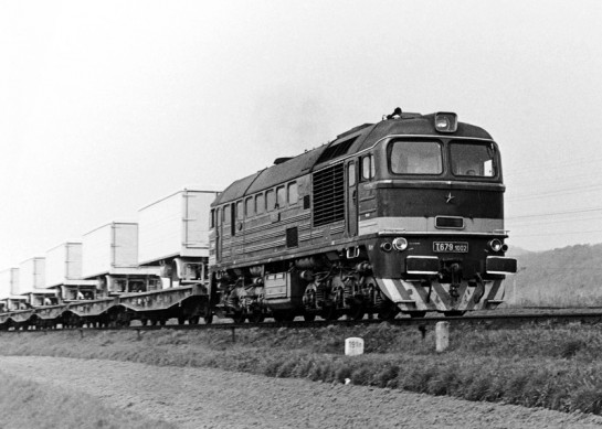 T-679